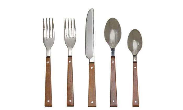 Bark Cedar Flatware from Calvin Klein home. The line is discontinued but pieces are available online at Replacements.