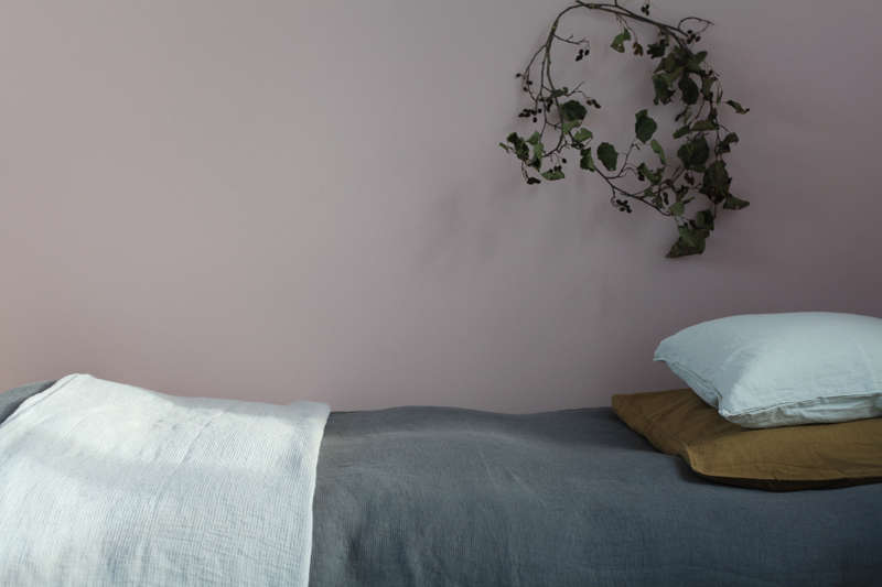 Linen bedding from Le-Reperes-des-Belettes | Remodelista