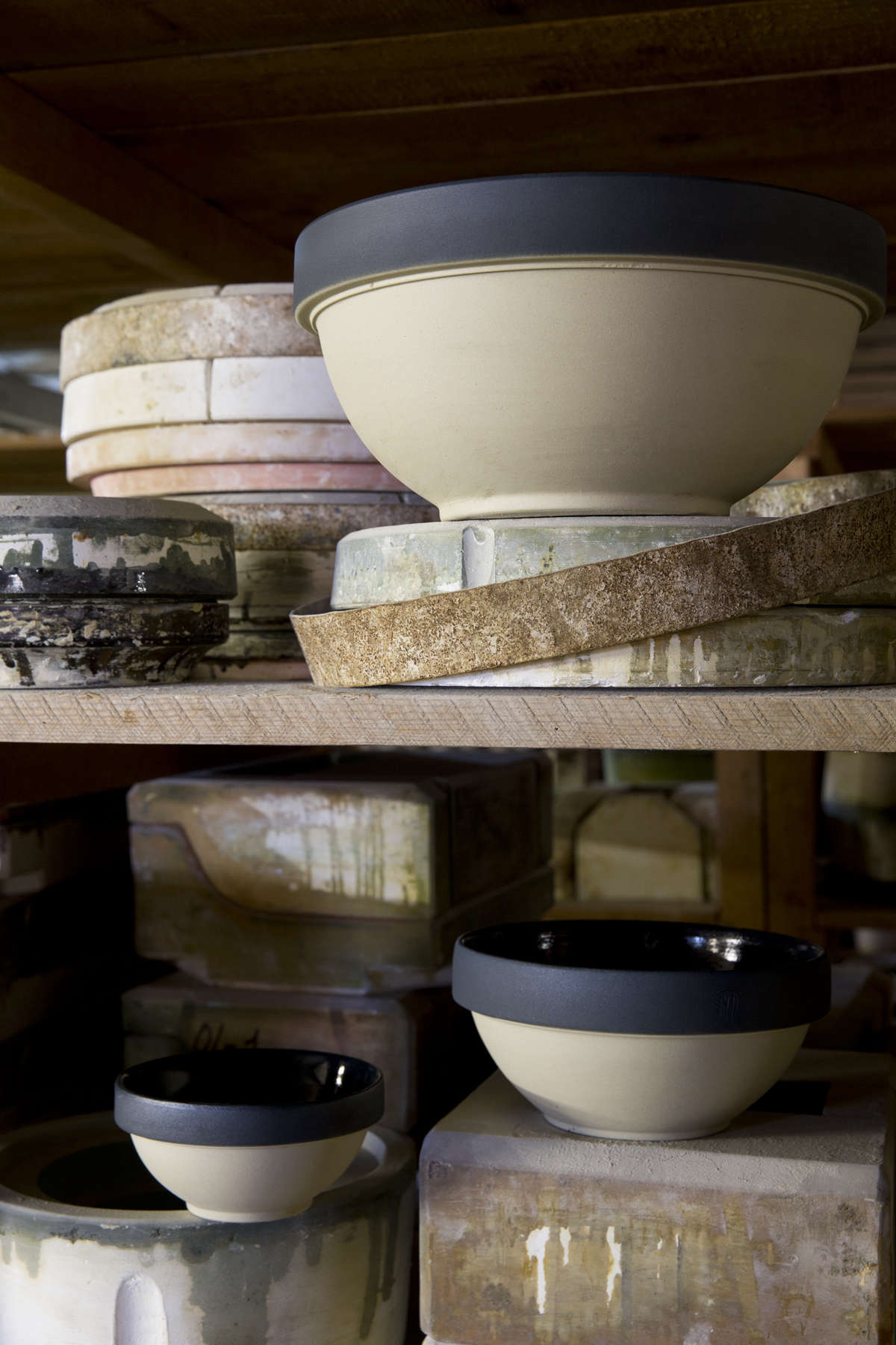 Digoin-mixing-bowls-from Le-Reperes-des-Belettes | Remodelista