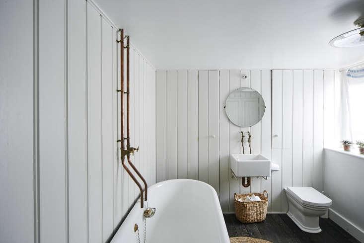 Niki Turner Stroud Bathroom