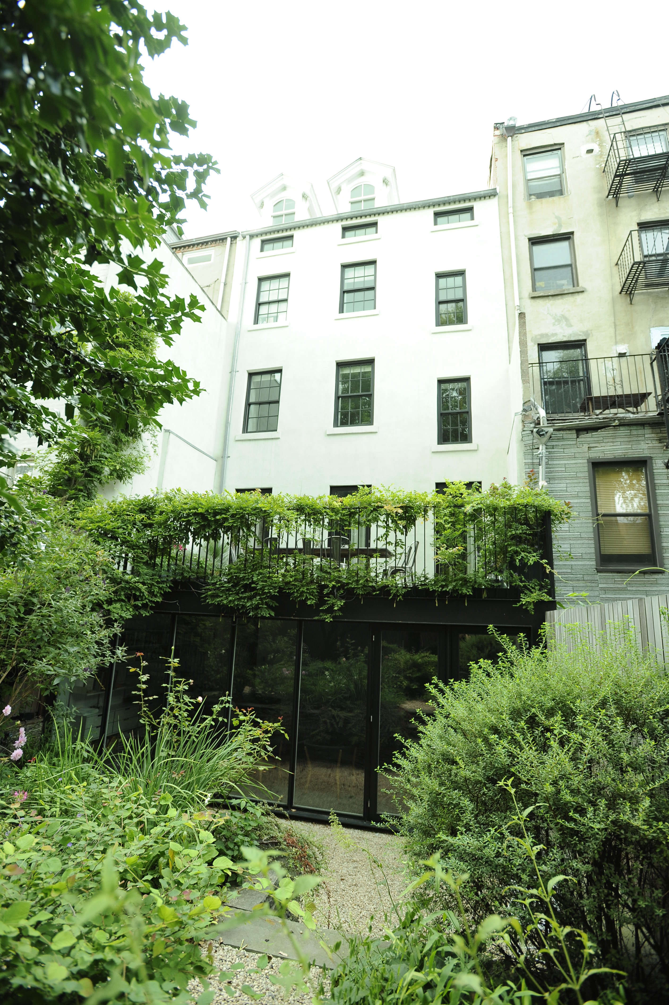 Brooklyn-town-house-remodel-garden-Fernlund-and-Logan-Remodelista