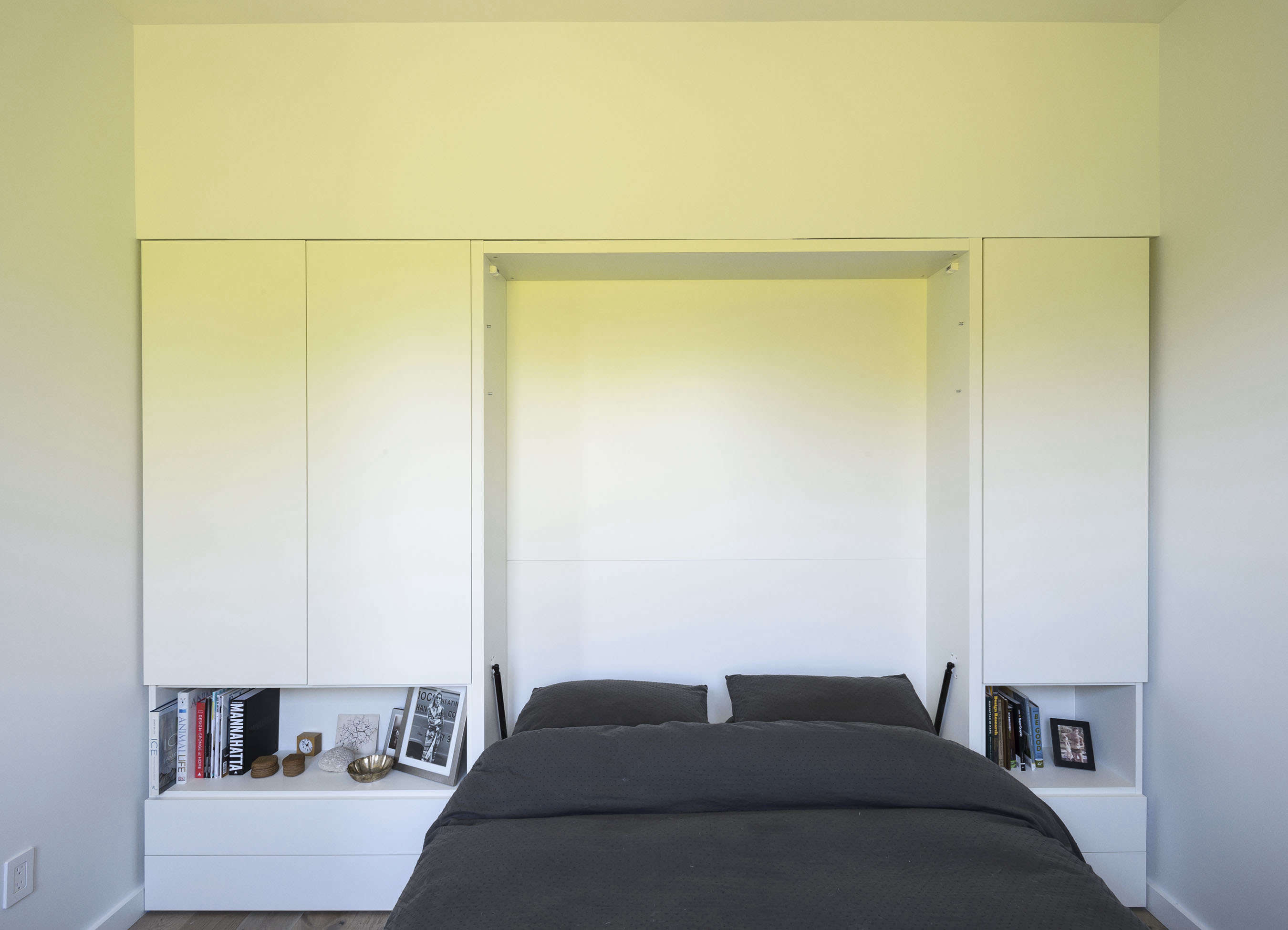 Clei of Italy Murphy bed in Jacqueline-Schmidt and David Friedlander's 675-square-foot Brooklyn quarters, Matthew-Williams-photo | Remodelista
