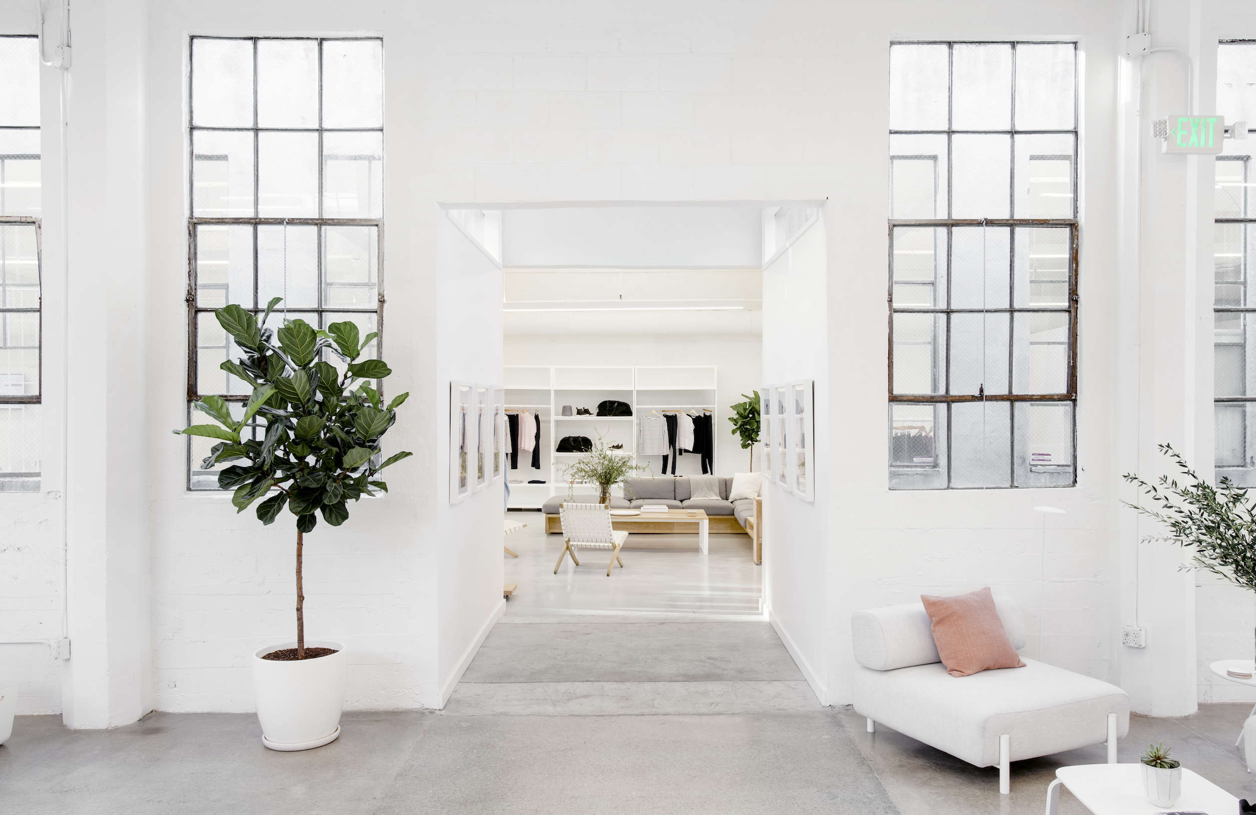 Everlane's headquarters in SF, Carlos Chavarría photo | Remodelista