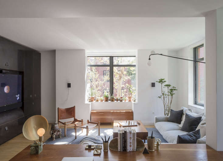 Photography byMatthew Williams, courtesy ofWorkstead, fromThe Craftsman-Made NYC Apartment, Workstead Edition.
