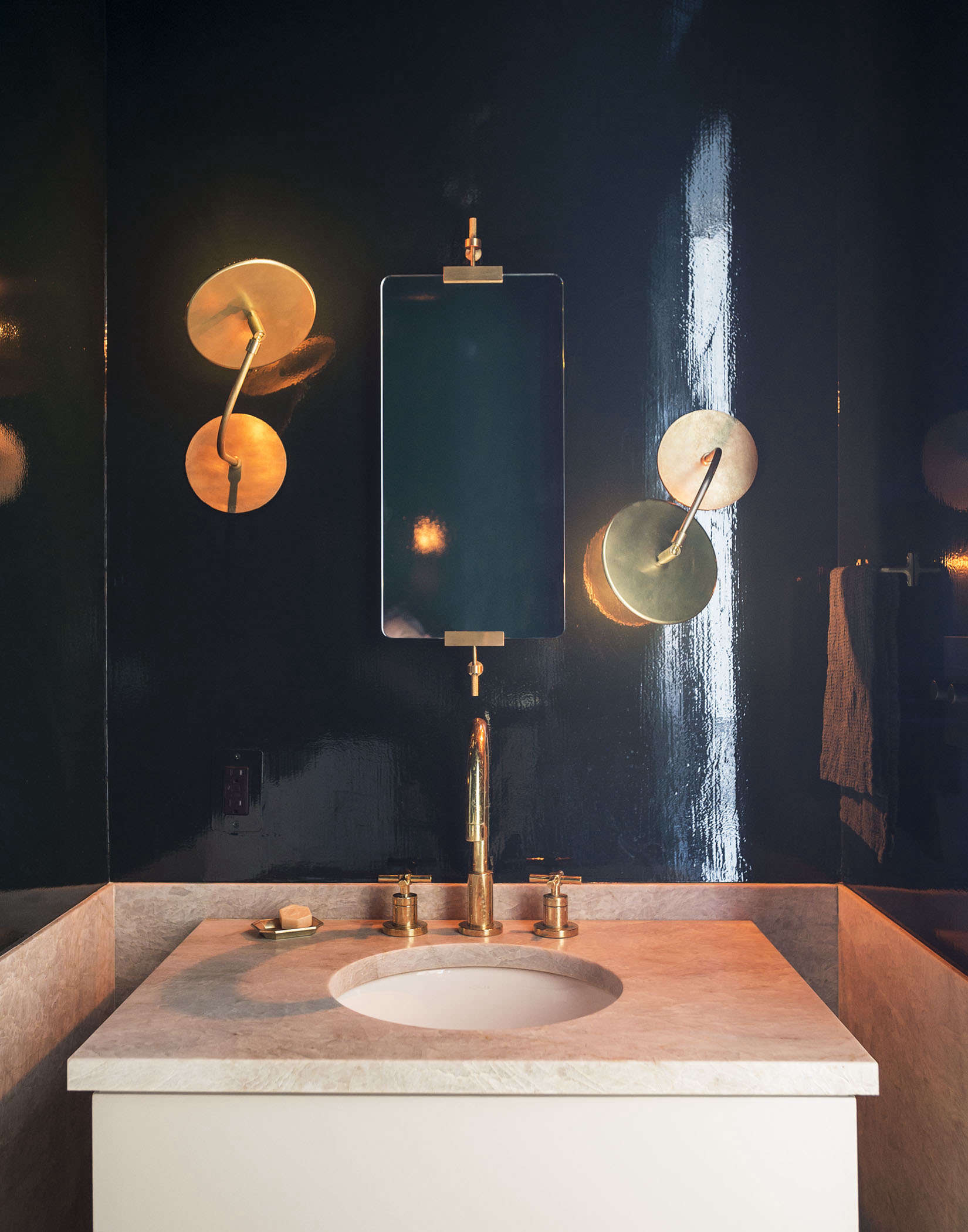 Powder room with lacquered midnight blue walls by Workstead, Matthew Williams photo |Remodelista
