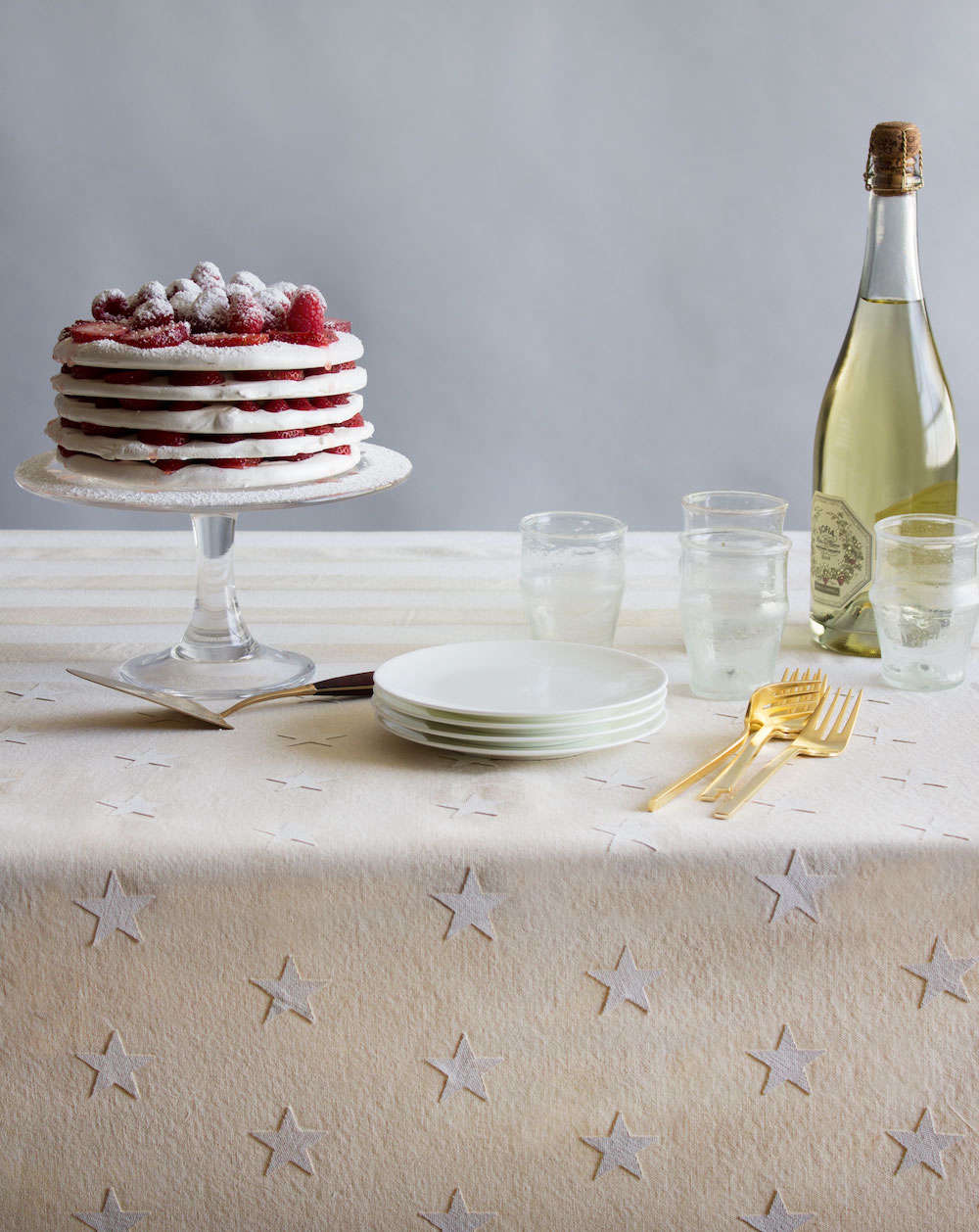 DIY Fourth of July Tablecloth by David Stark for Remodelista
