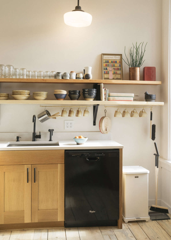 Kitchen-of-the-Week-Jennings-Hotel-Oregon-Remodelista-6