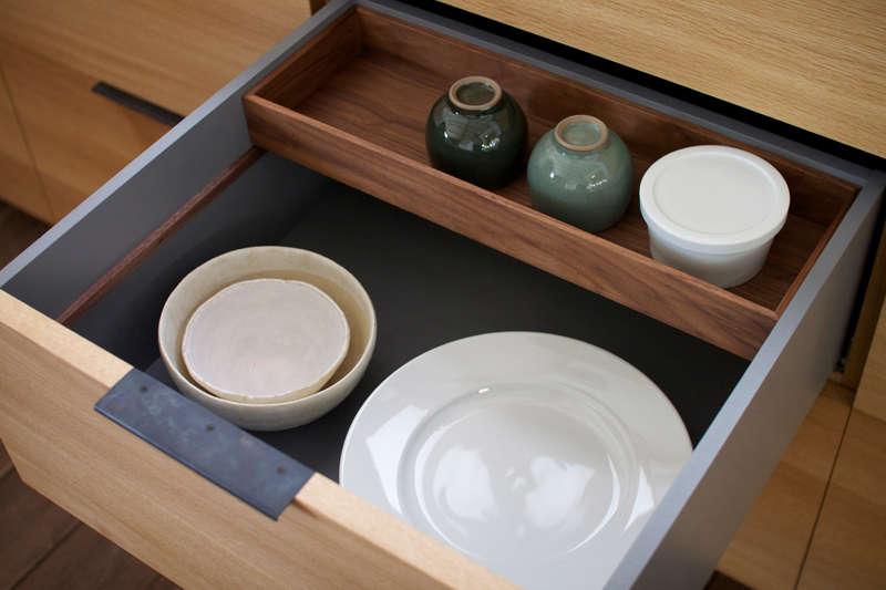 inside-drawer-kitchen-japanese-custom-organized