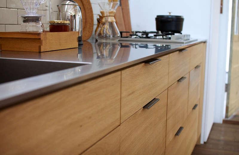 japanese-snedker-wood-kitchen-custom-edge-pulls