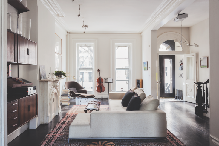 Elizabeth Roberts Clinton Hill-townhouse-living Room Matthew Williams Remodelista Book