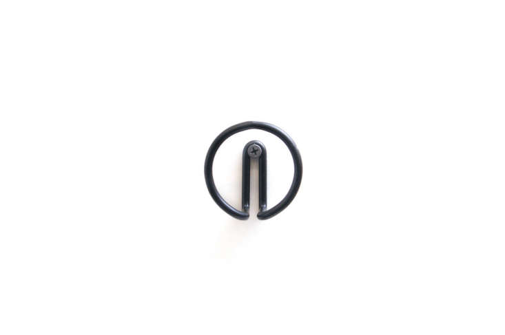 New Made LA Wire Hook Black Circle