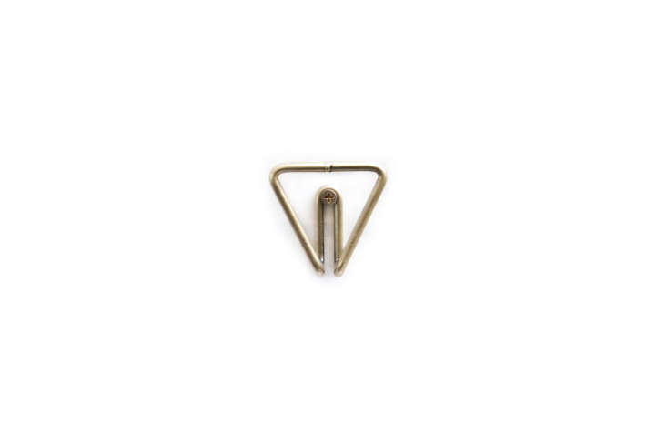 New Made LA Wire Hook Brass Triangle