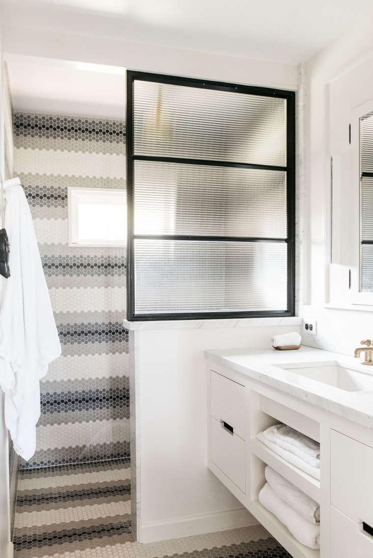 Roberto Sosa Beach House Bathroom with Hexagonal Tile