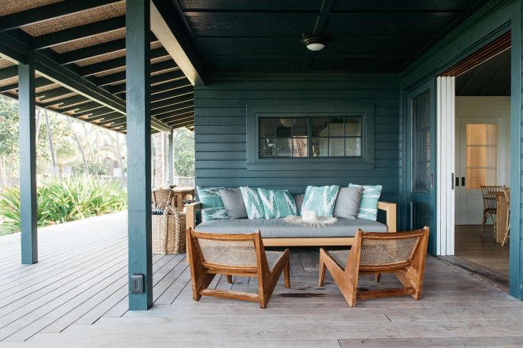 Roberto Sosa Hawaii Beach House Outdoor Porch Sitting Area