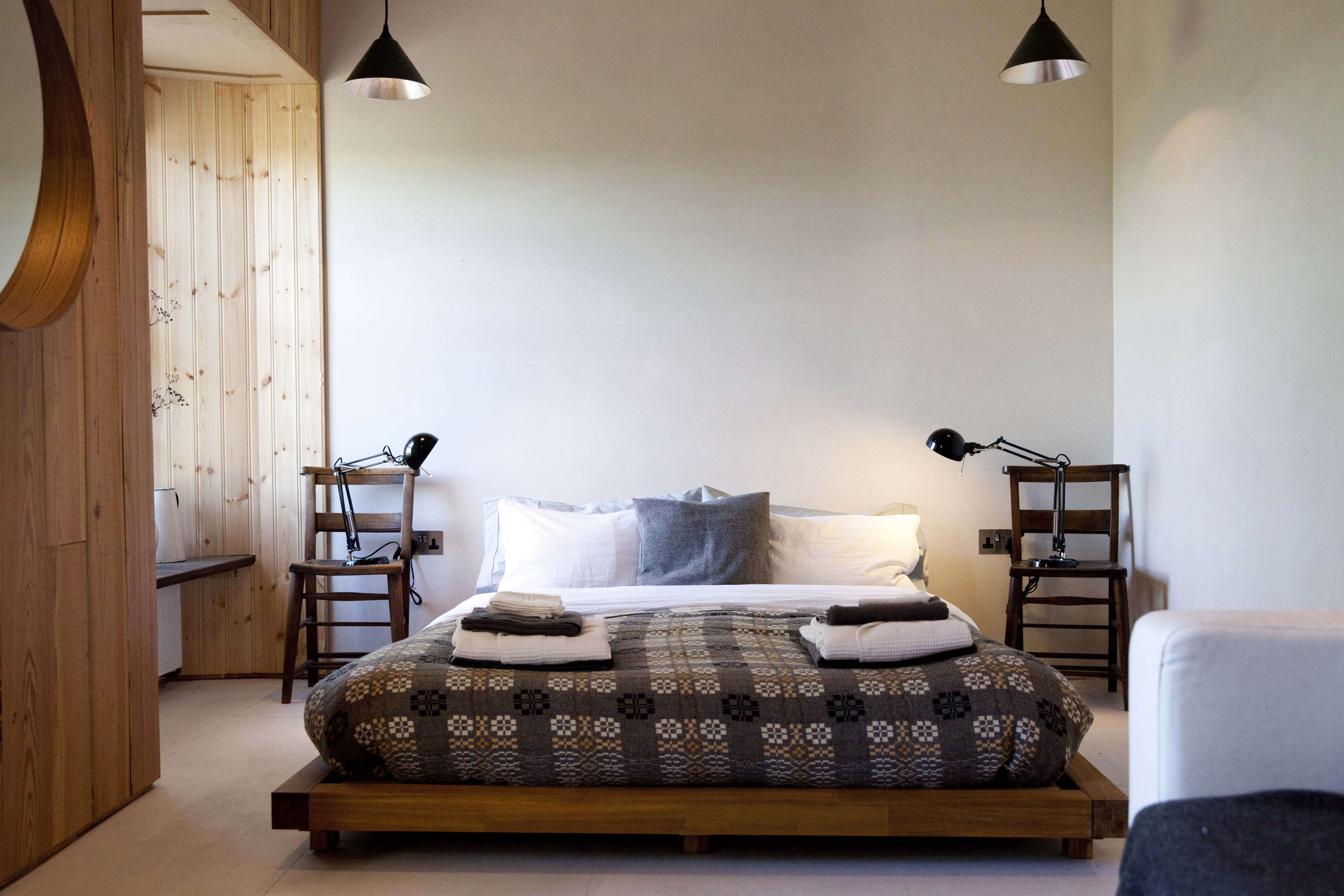 ty fforest wales bedroom