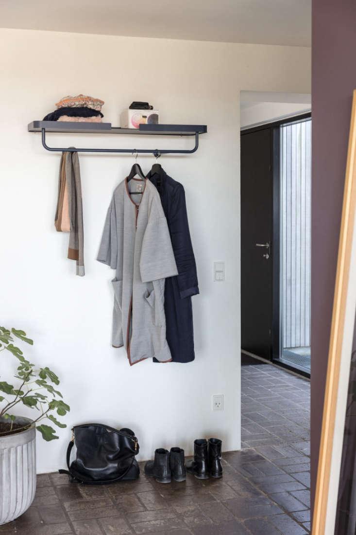 DesignBite Coat Hanger Metal