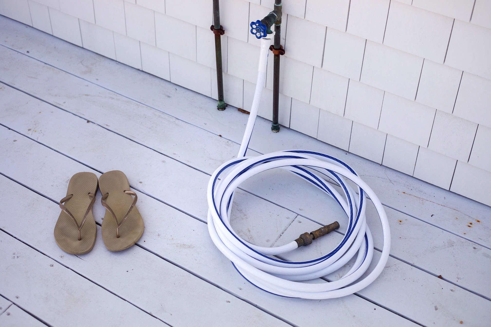 falmouth-beach-cottage-hose