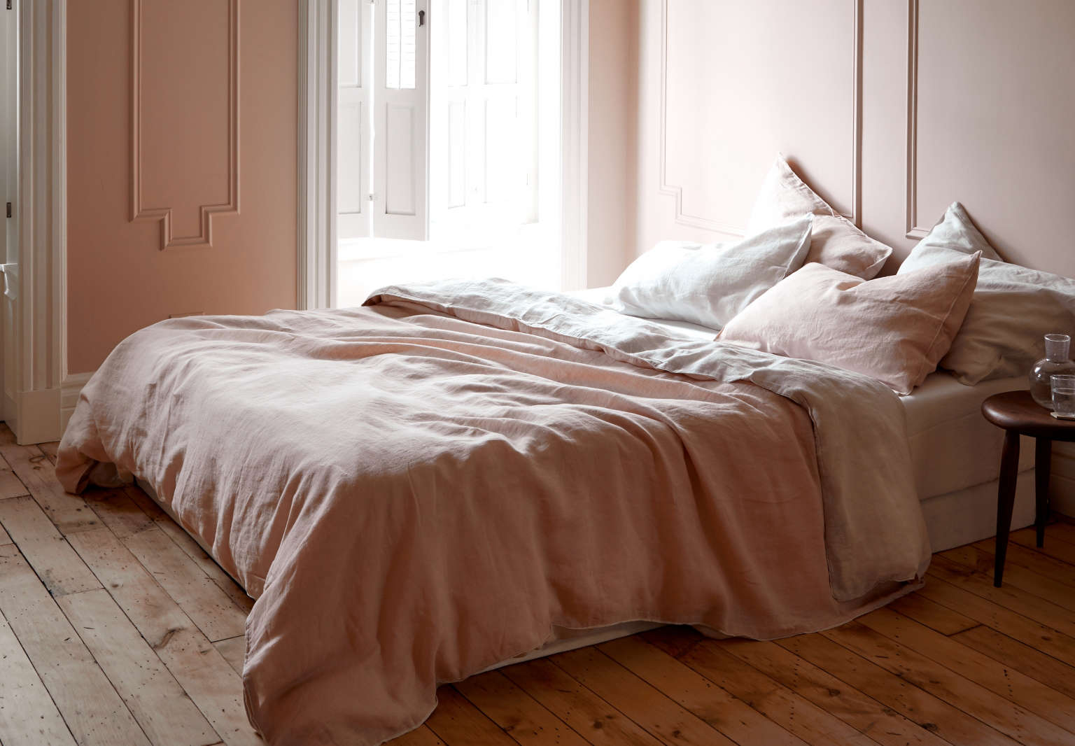 The Monochrome bedroom: Pale pink bedroom in Brooklyn by architect Jess Thomas. Kate Sears photo.
