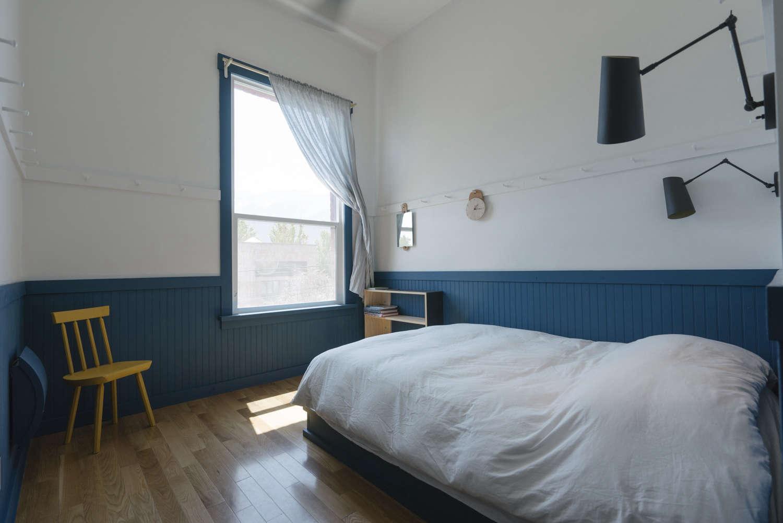 Jennings Hotel room peg rail photograph by Greg Hennes