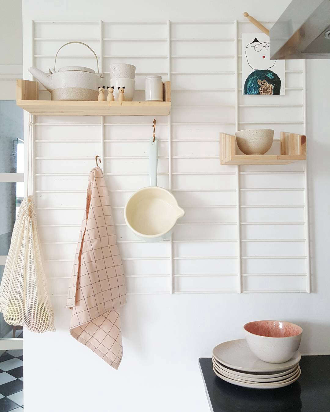 Design Sleuth The Miracle Grid With Wooden Shelves The Organized Home