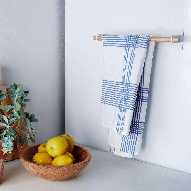 Yamazaki Magnetic Kitchen Towel Holder