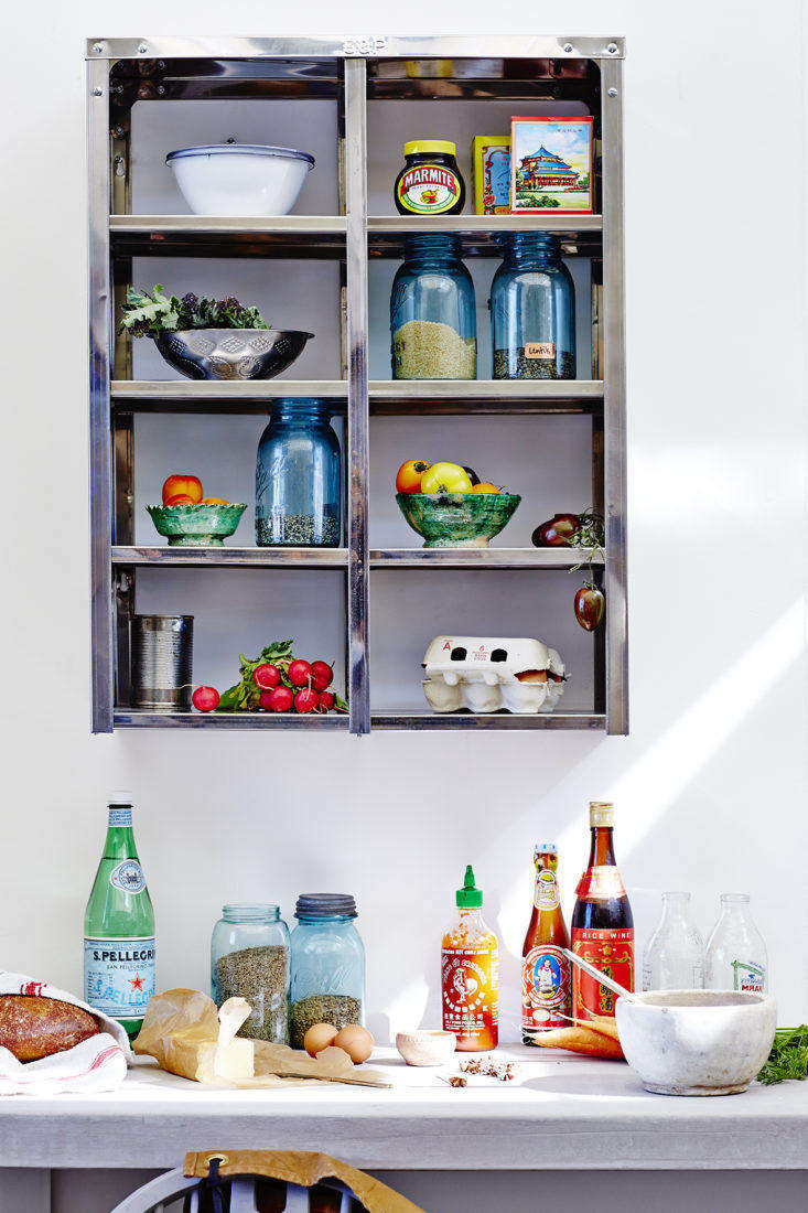 Stovold and Pogue Indian stainless steel kitchen shelf: Middle Pigeon Hole.