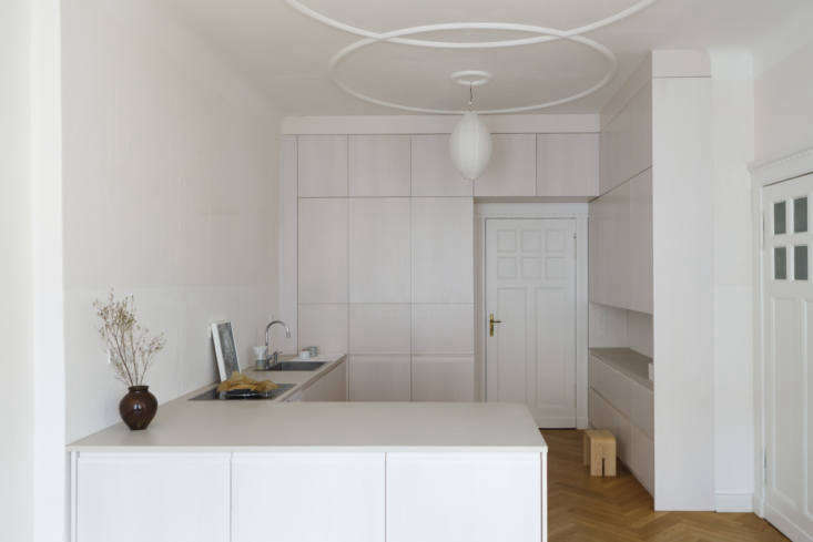 Apartment kitchen in Berlin by Studio Oink.