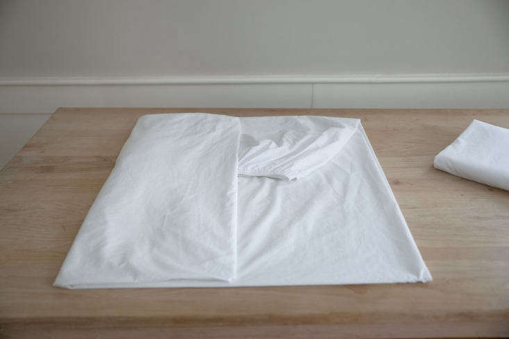 fold fitted sheet 6