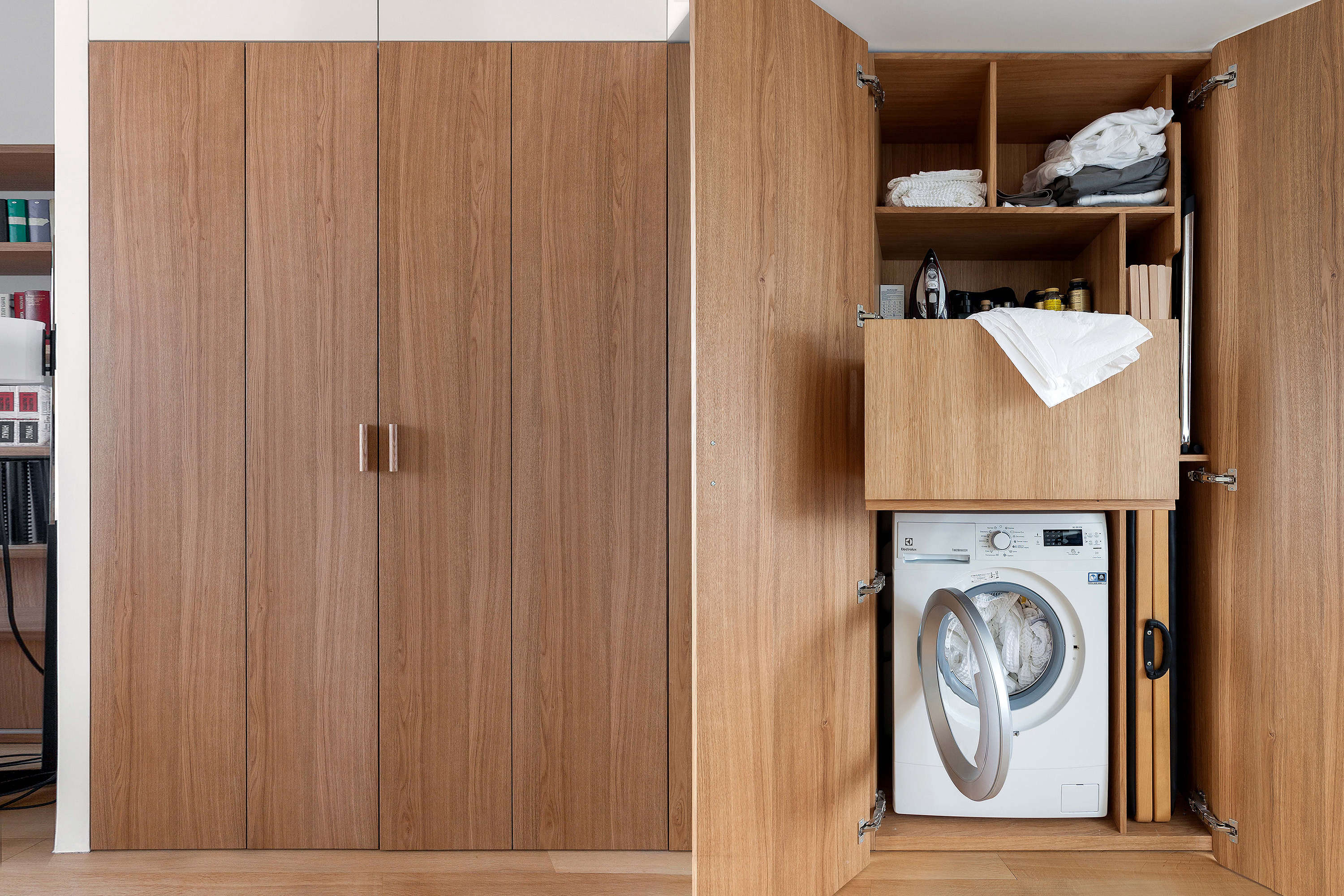 Laundry in Moscow Apartment by Studio Bazi