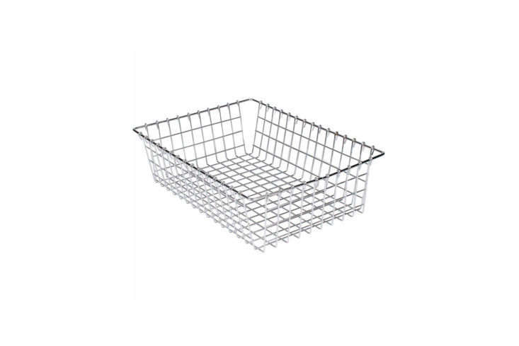 Webstaurant Choice Level Top Wire Basket