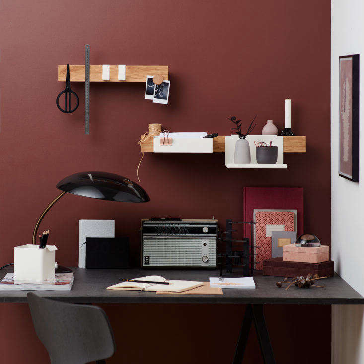 Gejst Flex ledge storage system in the home office.