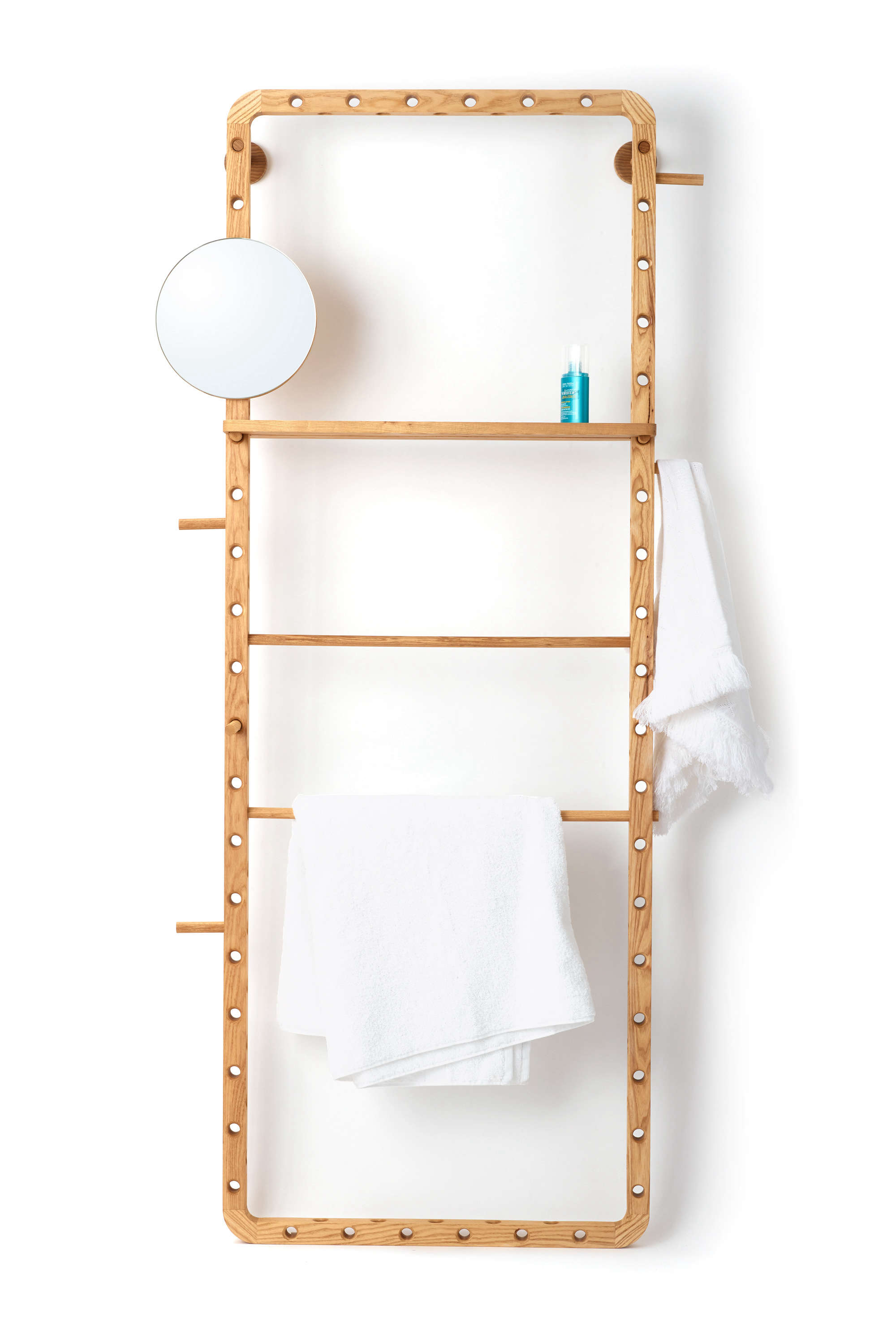 Dotdotdot.Frame modular storage for the bathroom and beyond.