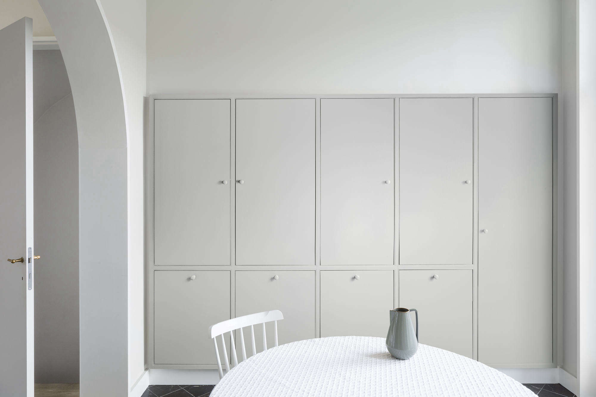 Kitchen Cabinets of Casinoplein House in Belgium by Buyse Seghers Architecten, Photo by Frederik Vercruysse