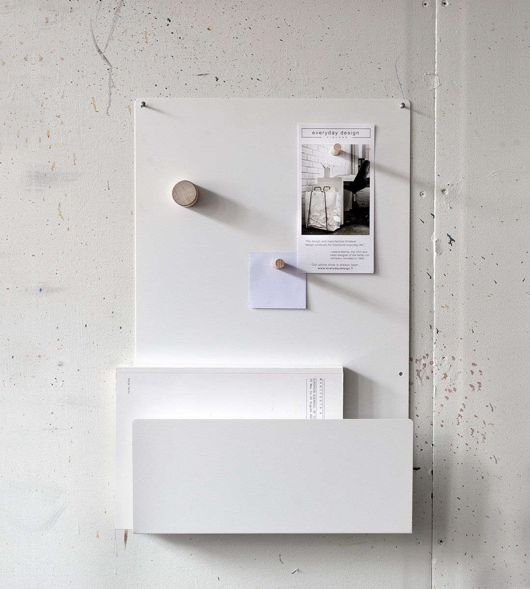 8 Favorites Metal Wall Shelf Hooks For Small Entryways