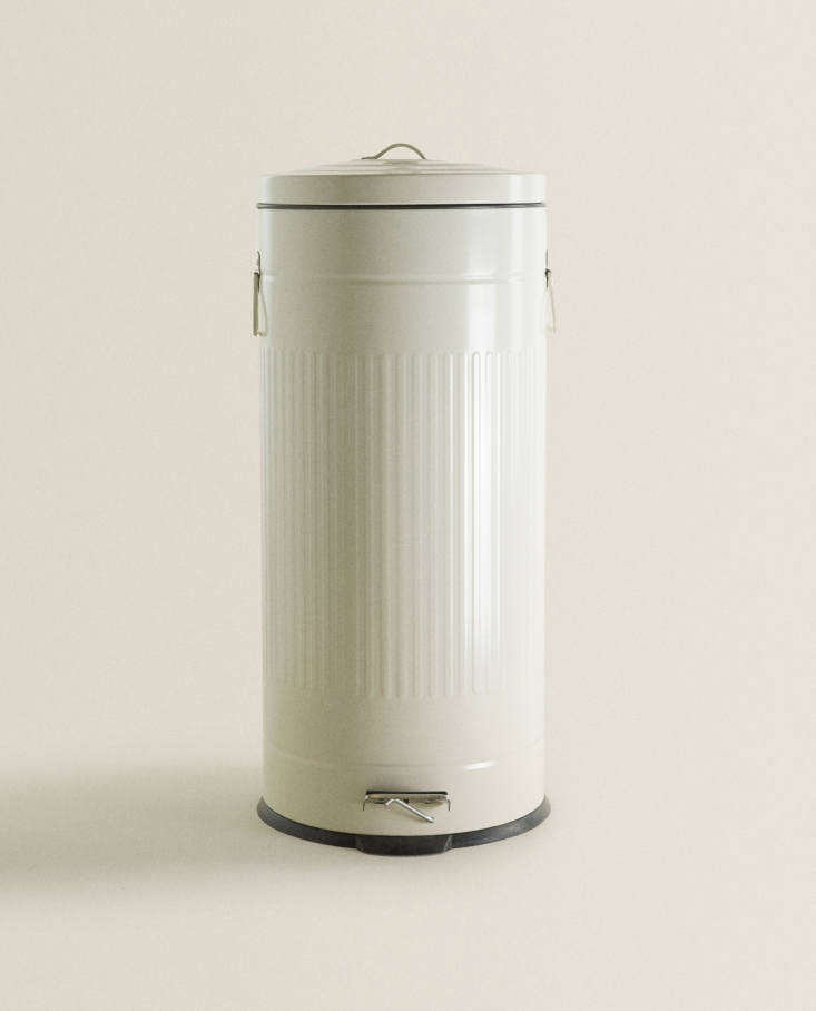 Kitchen Trash Can from Zara Home