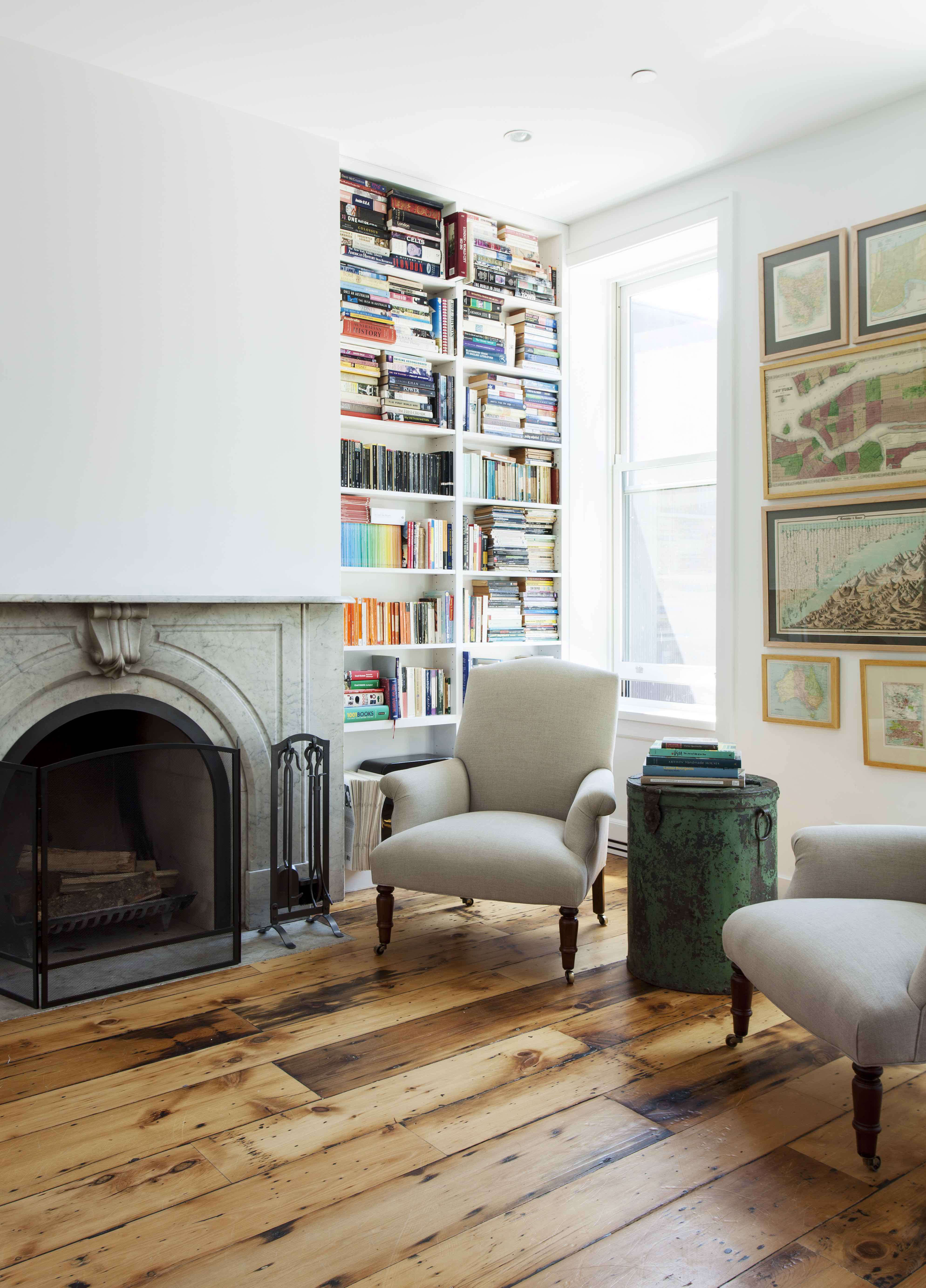 Cobble Hill Brownstone Living and Dining: Book corner