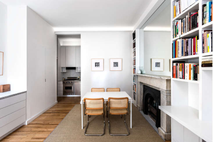 Up-and-coming architect Daisy Ames took a precise approach to space, lines, and light in this 400-square-foot apartment. The result is a thoughtful and efficient layout that makes the most of its footprint. See more in Small-Space Living: A 400-Square-Foot NYC Apartment with Thoughtful Storage. Photograph by Alan Tansey, courtesy of Studio Ames.