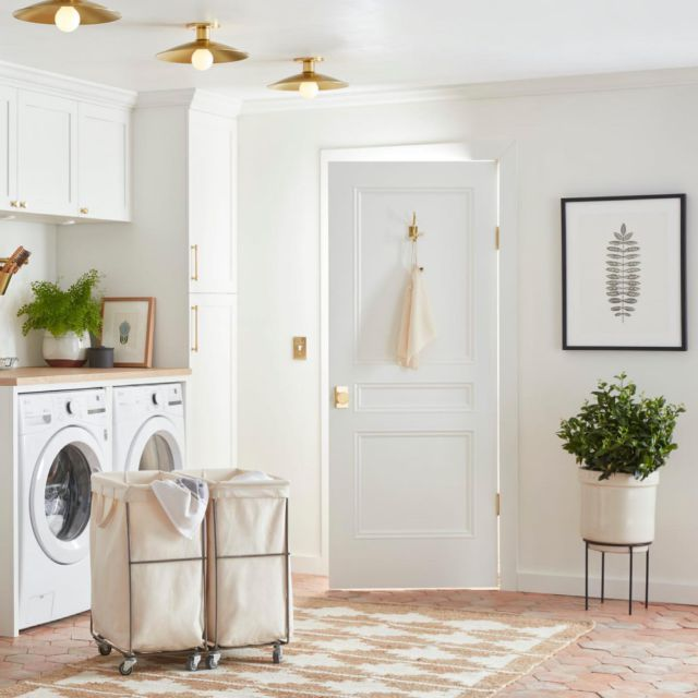 We believe that, like any household chore, laundry can be more palatable—even enjoyable—in a space that's beautiful, hardworking, and designed specifically for the task. Enter laundry room essentials by @rejuvenation , designed to inspire efficiency and organization. With a few key elements—lighting, utilitarian fixtures, and layered, smart storage options—you can create a laundry space that's orderly and—dare we say it—inspiring, whether you're lucky enough to have a large, dedicated space or just a tiny closet. This week on The Organized Home, we're collaborating with @rejuvenation to bring you five key tips for a good-looking, hard-working laundry room. 🔗 Link in bio.